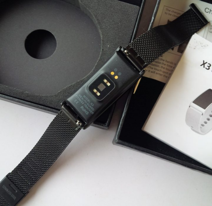 rear view of Diggro X3 Smart Bracelet