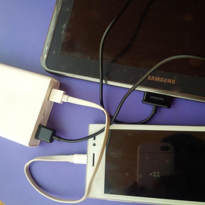 Xiaomi Mi 20000mAh Power Bank hands-on Review