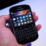 Review of Blackberry Q10 vs Blackberry Bold 9900(5)